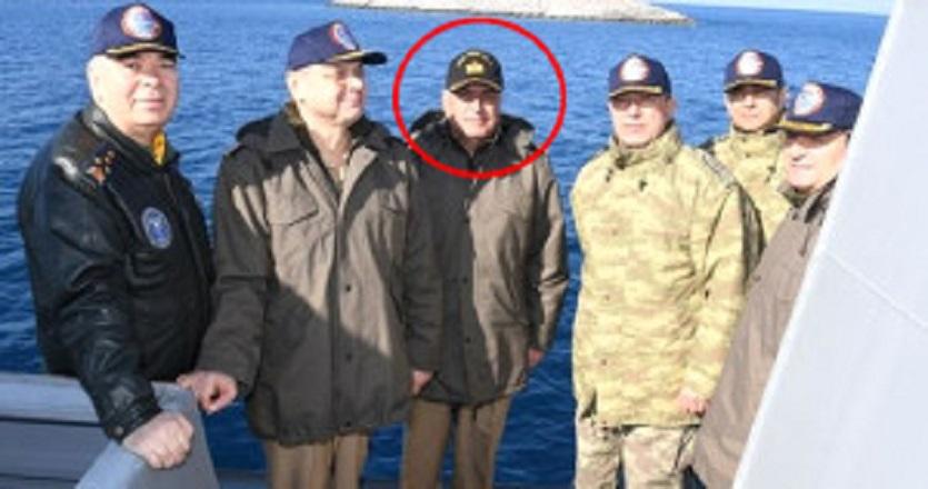 Kardak ziyaretinde dikkat çeken komutan!