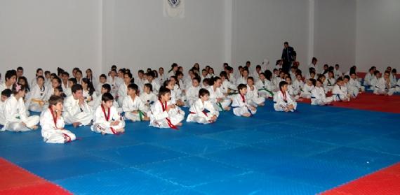 Başarının adresi Sporcu Eğitim Merkezi
