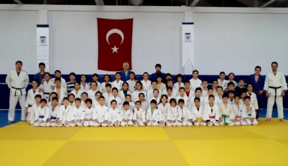 Şampiyon Judocular Avrupa arenasında