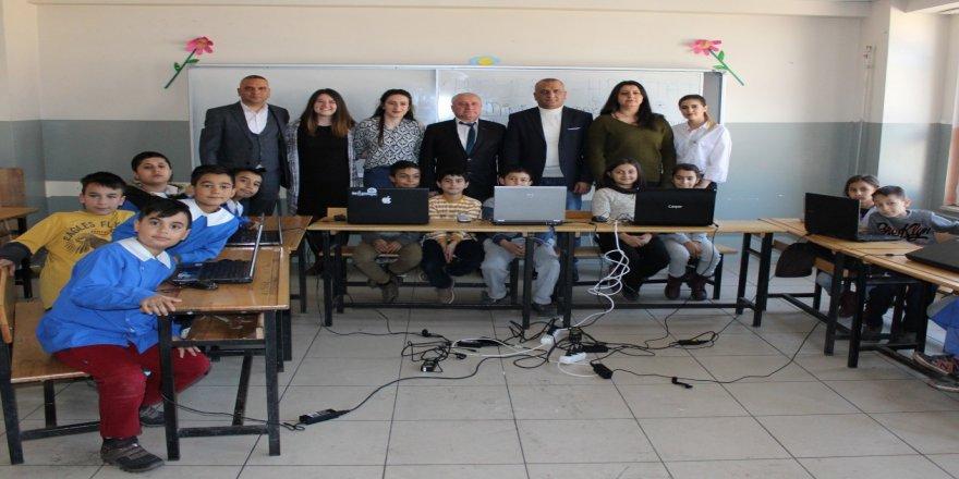 Edirne'de 'Minik Parmaklar Geleceği Programlıyor'
