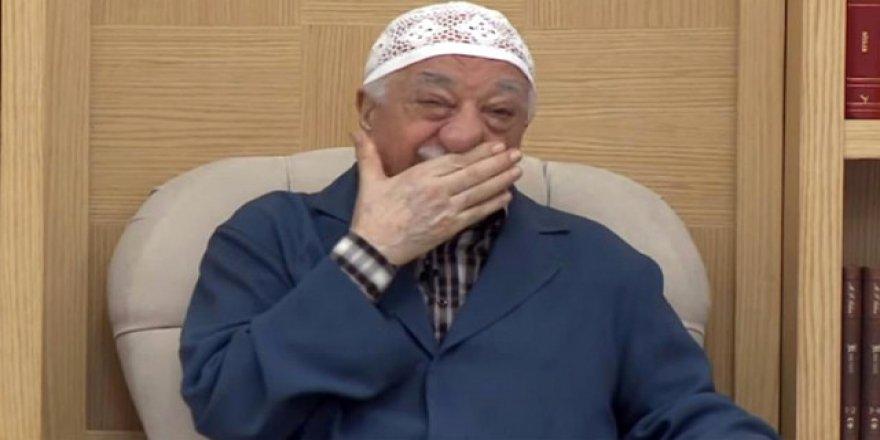 Teröristbaşı Gülen'in baş avukatı yakalandı
