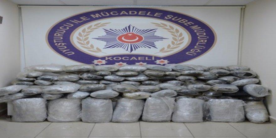 Kocaeli'de uyuşturucu operasyonunda:36 gözaltı