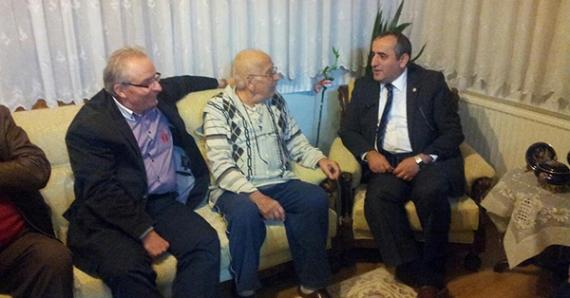 CHP'li Akar'dan hasta ziyaretleri