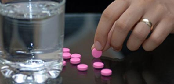 Hepimizin evinde onlarca bekleyen ilaç yok mu?
