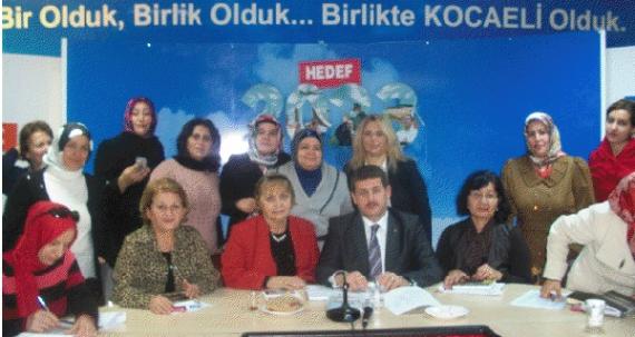 AK Kadınlar 2012'yi değerlendirdi