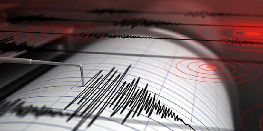 Isparta'da korkutan deprem!