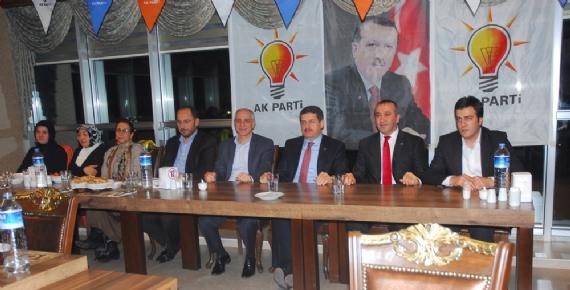 AK Partililer Şekerpınar'da buluştu!