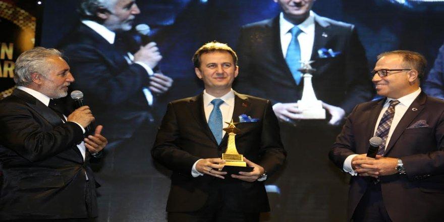 Yılın Rektörü Ödülü Görgün'ün oldu