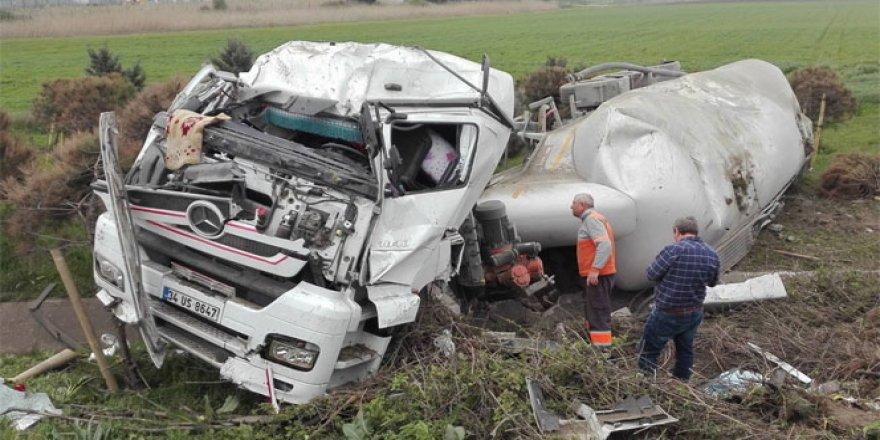 Silivri'de tanker kazası: 1 yaralı