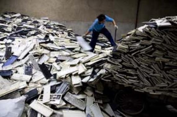 En çok televizyon ve cep telefonu çöp oluyor