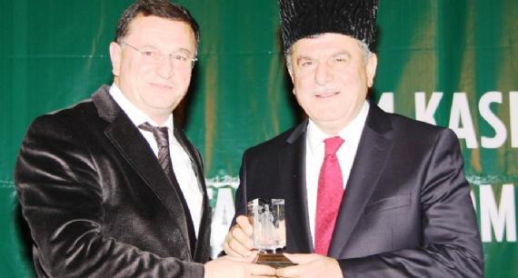 Kafkaslardan Başkan'a büyük ödül!