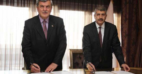 TDBB ve Yunus Emre Enstitüsü arasında protokol!