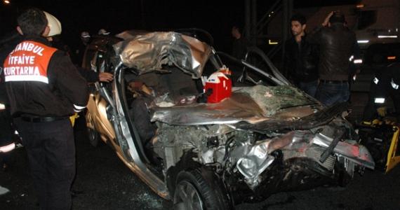 Kocaeli'den dönen ekip kaza yaptı