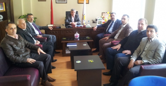 Milletvekili Okur Gebze'de ziyaretlerde bulundu