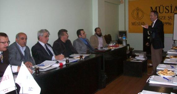 MÜSİAD'dan üyelere seminer
