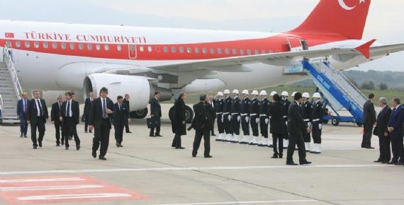 Başbakan, Cengiz Topel'e indi