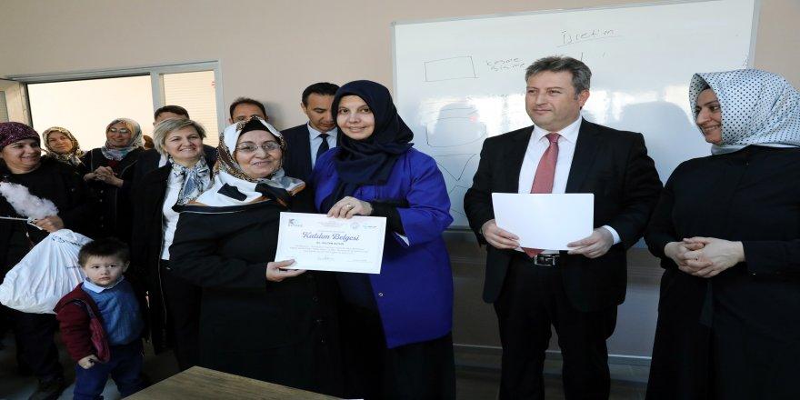 Kadın Kültür Merkezi ilk mezunlarını verdi