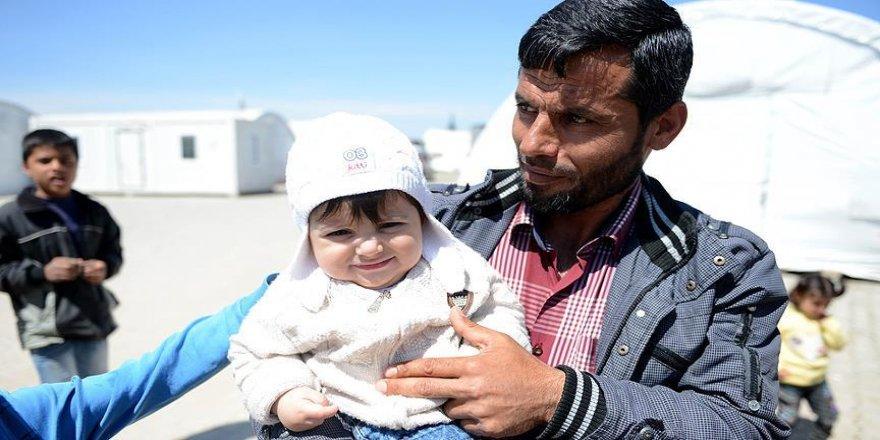 Suriyeli 100 kişilik grup El Bab'a döndü
