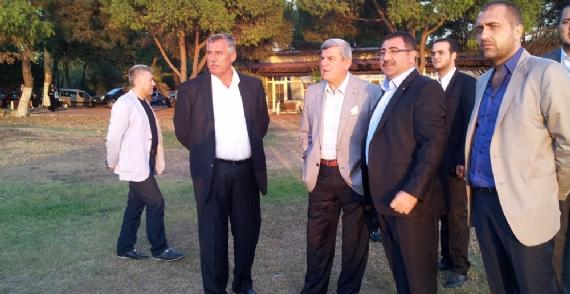 Okur'dan Büyükşehir yasası ile ilgili açıklama