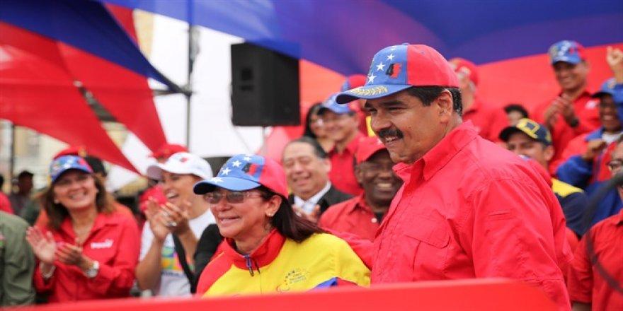 Venezuela'dan Kolombiya'ya 'barış süreci' tehdidi