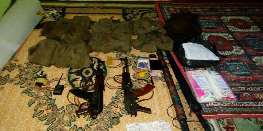 Camiye gizlenmiş silah ve mühimmat ele geçirildi