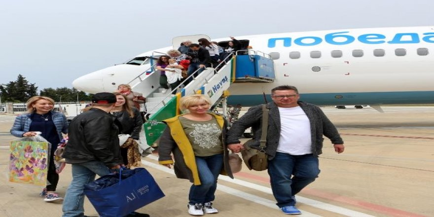 Alanya'da Rus turistlere özel karşılama
