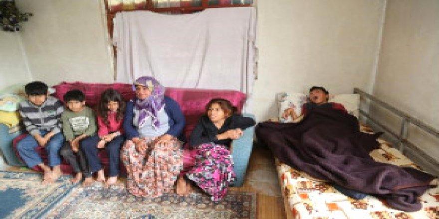 Parası yok ama gönlü paha biçilemez! 7 çocuklu evini Suriyelilere açtı