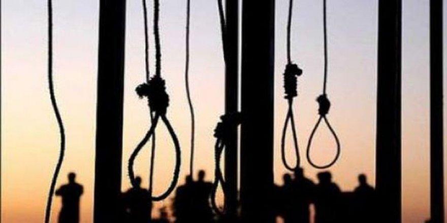 İran'da uyuşturucu tacirlerine idam cezası hafifletildi