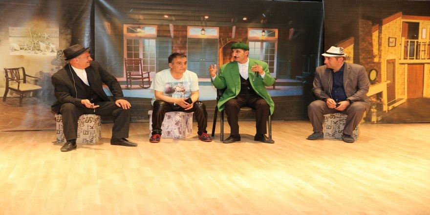 Teyo Pevlivan Darıca'da sahne aldı