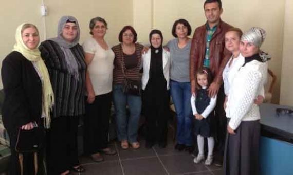 CHP'lilerden Karadenizli kadınlara ziyaret!