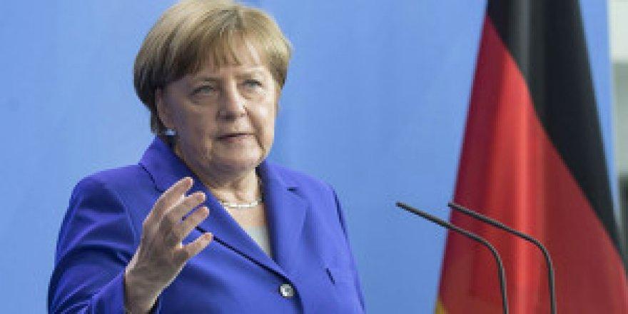 Avrupa'nın skandal Türkiye kararına Merkel'den ilk açıklama!
