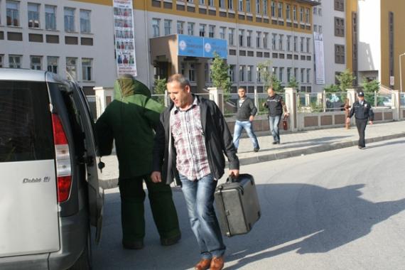 Şüpheli çanta öğrencileri korkuttu!