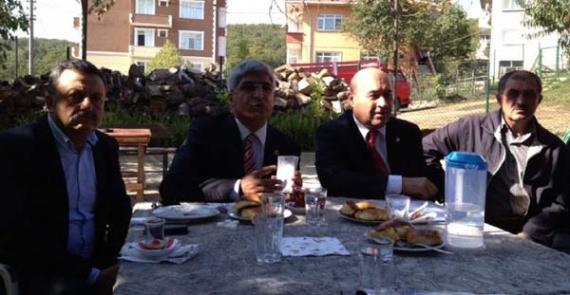 Köylüler Büyükşehir'i CHP'ye şikayet etti!