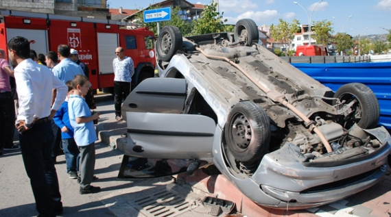 Otomobil takla attı: 1 yaralı!