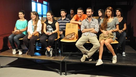 Genç tiyatroculara anlamlı fırsat!