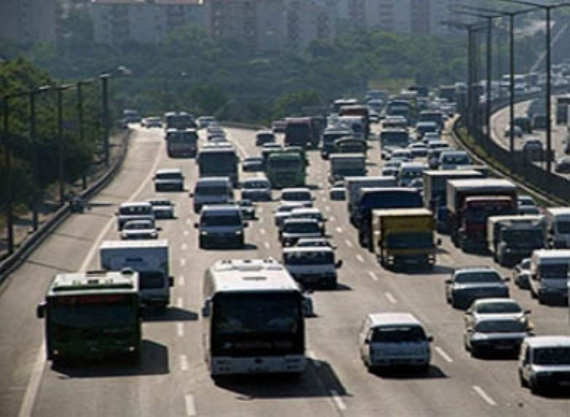 TEM trafiği şoförleri bezdirdi!