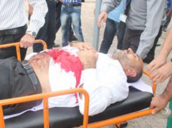 AKP'li yönetici bıçaklandı!