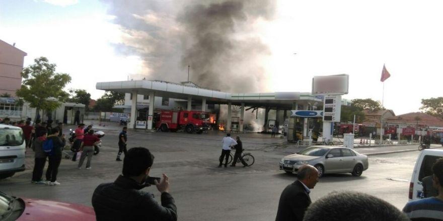 Akaryakıt İstasyonunda Korkutan Yangın