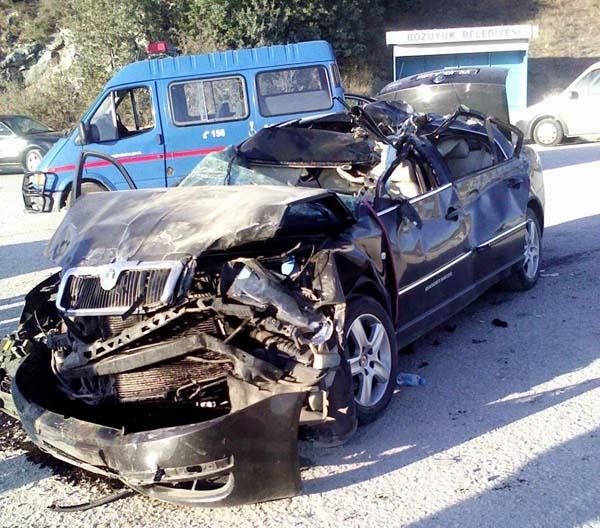 Bozüyük'te trafik kazası: 6 yaralı!
