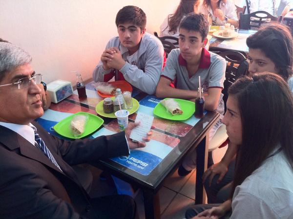 Kaplan, Derince'de öğrencilerle sohbet etti!