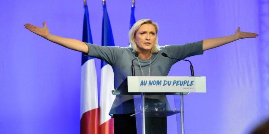 Le Pen geri adım atmadı!