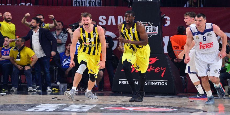 Fenerbahçe Finalde : Kaldı 1 Maç