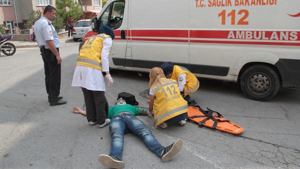 Trafik kurbanına çarptığı sürücü müdahale etti!