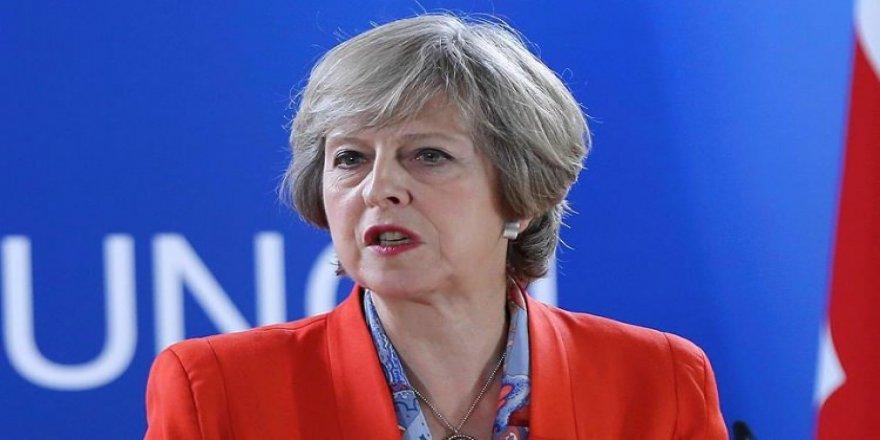 Başbakan May'den flaş karar!