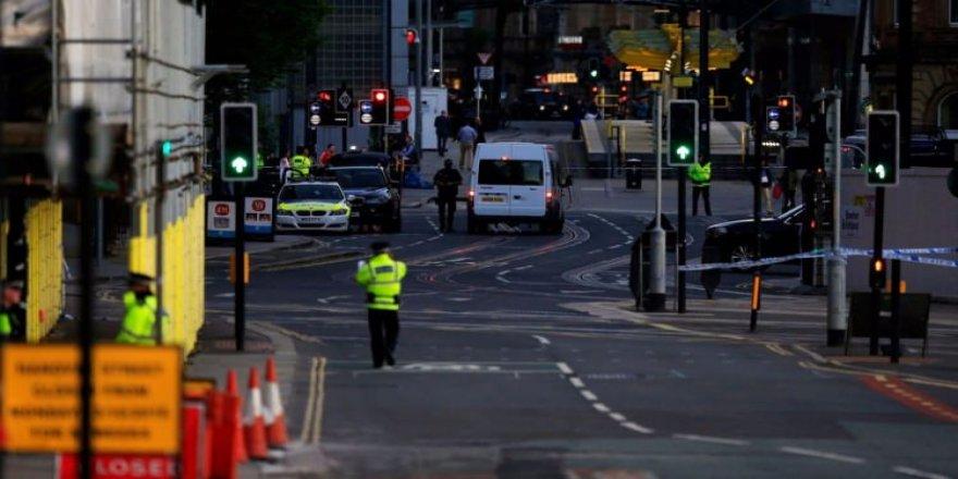 Manchester'da yine terör alarmı!