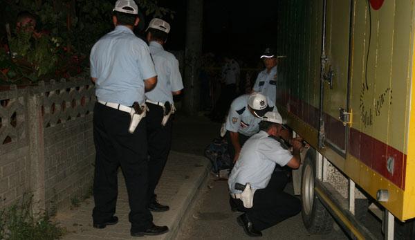 Kamyonet motosiklete çarptı: 1 ölü!