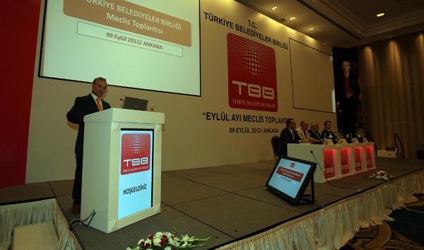 Karaosmanoğlu TBB'nin toplantısına katıldı!