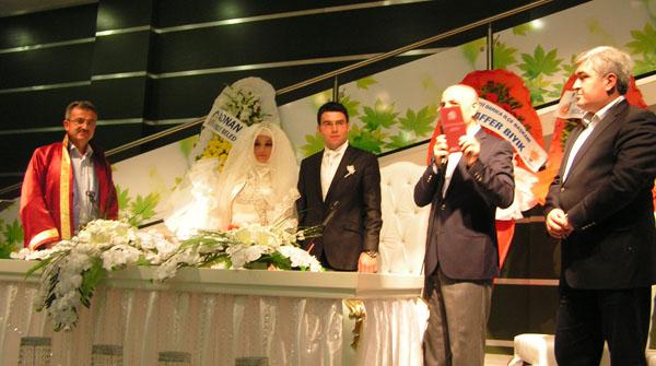 Köşker genç çiftin nikahını  kıydı!