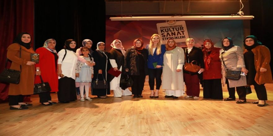 'Osmanlı'da Kadının Rolü' Konferansı Büyük İlgi Gördü