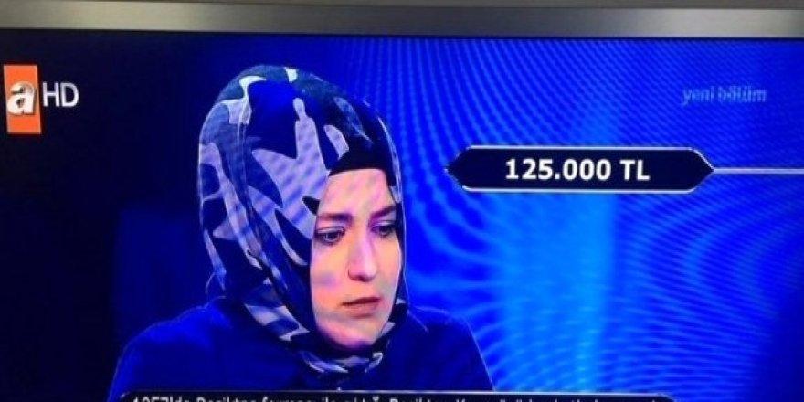 Kim Milyoner Olmak İster Yarışmasındaki 125 Bin Liralık Beşiktaş Sorusu Merak Uyandırdı